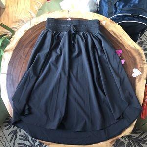 """LuluLemon """"The Everyday Skirt"""" Black sz4"""